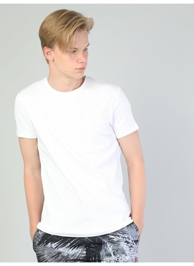 Colin's Slim Fit Bisiklet Yaka Erkek Kısa Kol Tişört Beyaz